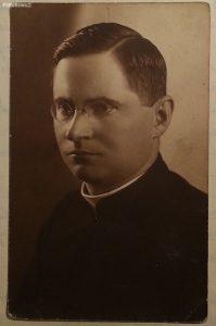Ks. Józef Ogrodowicz - przedwojenny proboszcz Radzanowa, ofiara obozu koncentracyjnego Dachau (ok 1930)