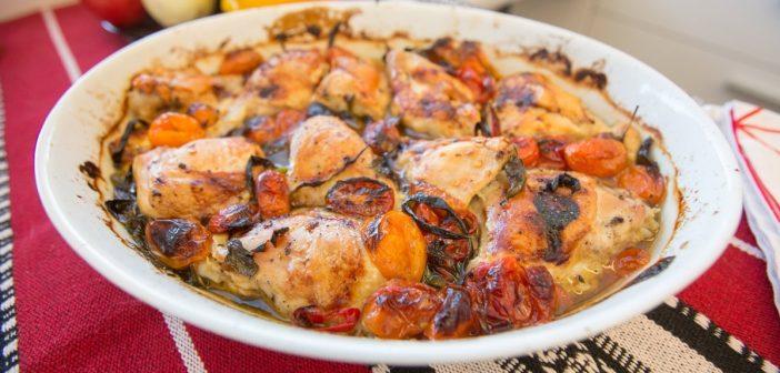 Mariola gotuje: Kurczak pieczony z pomidorami i bazylią