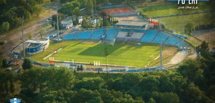 Plac budowy pod modernizację stadionu przekazany