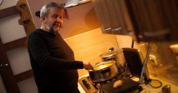 Wiesław Chrobot od kuchni: W sobotę tata witał nas smażonką