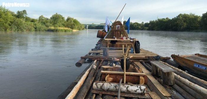 Flisacy płyną do Gdańska. Jutro Kępa Polska, pojutrze Płock