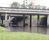 Ogromne zalania w Płocku. Pod wiaduktami utknęły samochody