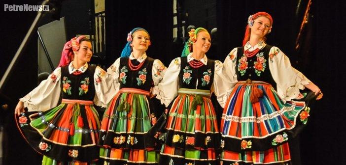40 lat Zespołu Tańca Ludowego Masovia. Feeria barw i dźwięków w teatrze