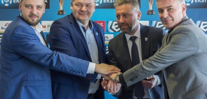 Trener Brzęczek zostaje w Płocku na dłużej