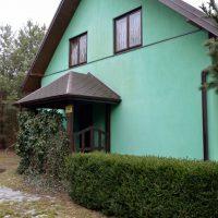 Dom nad jeziorem Ciechomickim  w Rumunkach gm. Łąck