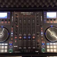 Denon MCX8000 DJ Controller ==== 750 Euro